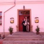 Szczęśliwe chwile przed hotelem czeskiego rejestru dawców szpiku w Pilznie